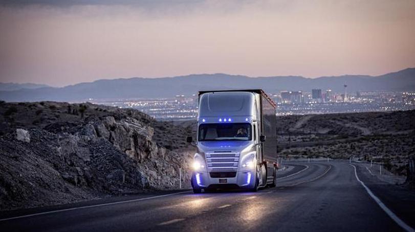 Daimler selvkørende lastbil