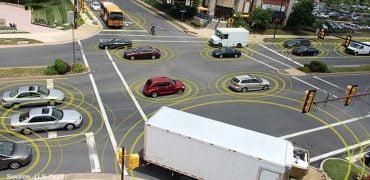 Selvkørende biler der taler sammen