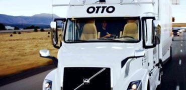 Selvkørende Otto lastvogn leverer første last