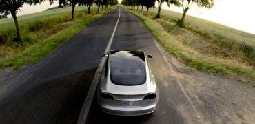 Tesla Model 3 selvkørende bil