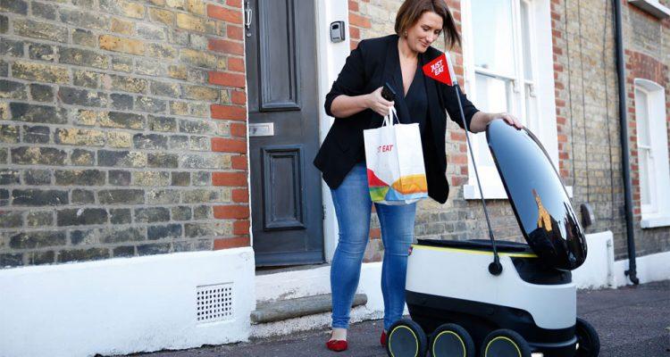 JustEats selvkørende varevogn på gaden i London