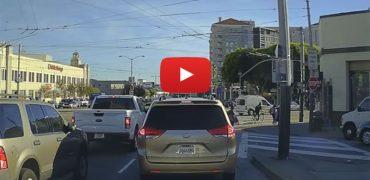 Ny video: GM (Opel) vogn kører gnidningsfrit i tæt bytrafik