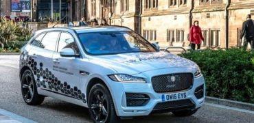 Jaguar selvkørende test-bil