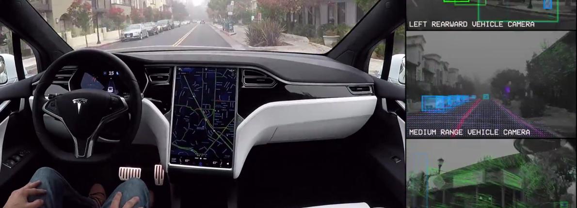Tesla Autopilot selvkørende bil