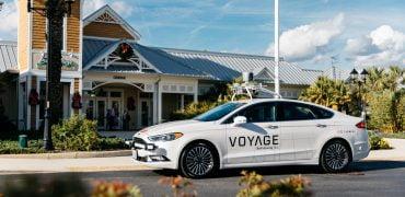 Voyage selvkørende taxi