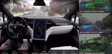 Elon Musk: Selvkørende Tesla krydser USA om 3-6 måneder