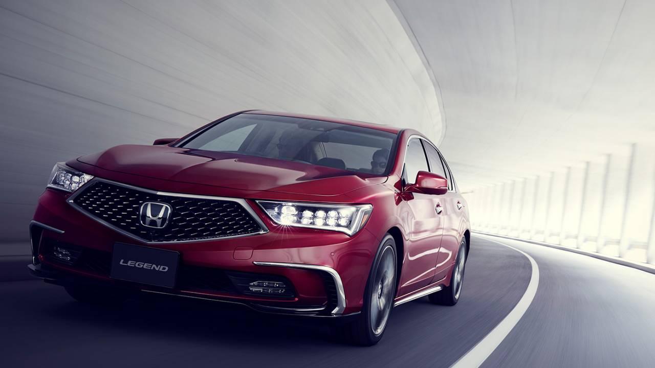 Ny Honda lader dig kigge væk fra vejen