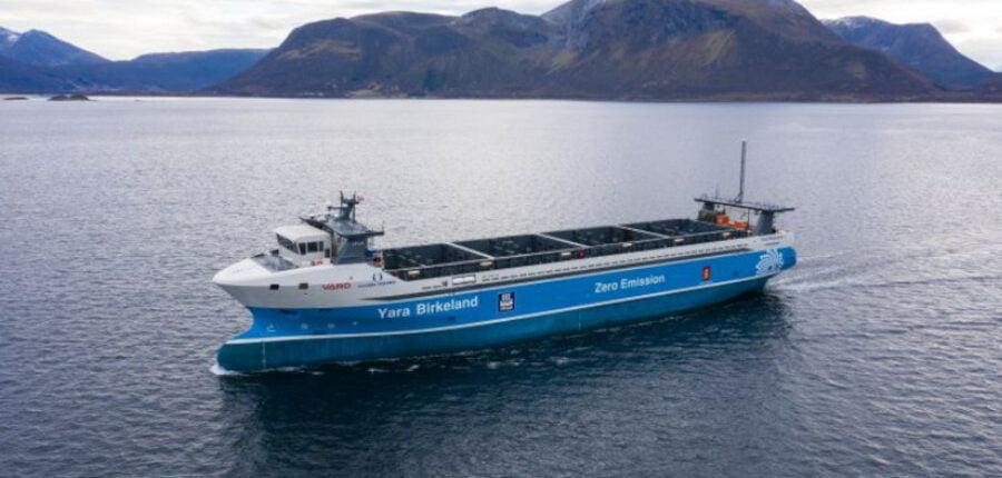 Verdens første selvsejlende containerskib Yara Birkeland